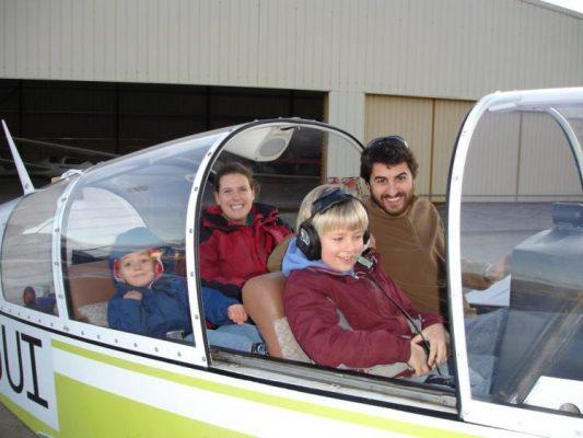 Kidsinplanecomp